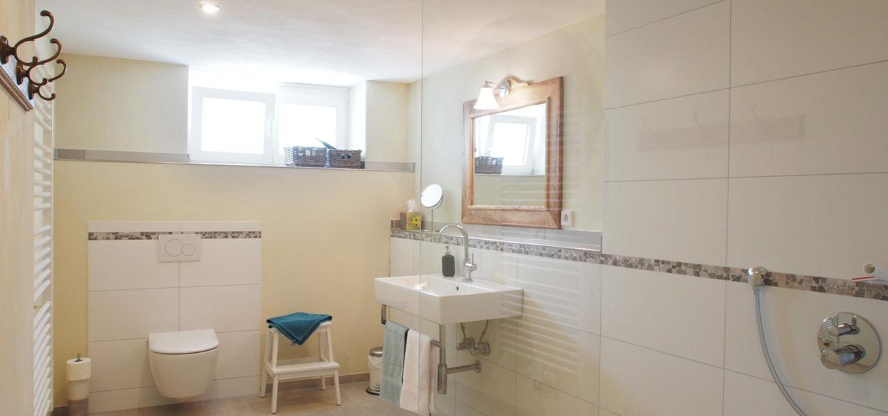 Badezimmer der Ferienwohnung im Erdgeschoss